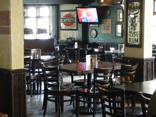 rose & crown pub & restaurant, banff, canada!